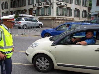 Polizisten in Rankweil im Großeinsatz.