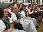 Unterhaltung und Stimmung auf dem Dorffest