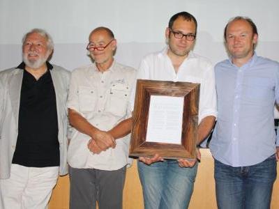 Wolfram Siebeck, Willi Resetarits, Christian Seiler und Roland Velich unterzeichneten die Deklaration.