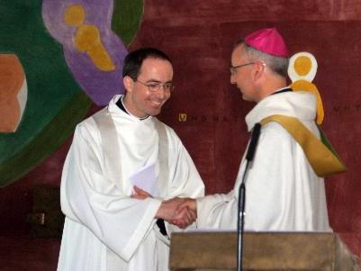 Kolumban Reichlin bei der Amtseinführung durch Abt Martin Werlen. (Foto: Hronek)