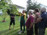 Norbert Carotta erklärt die Vorteile vom Sommerschnitt