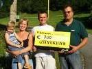 Scheckübergabe an die Familie Brigitte und Klaus Bilgeri (Foto: Harald Eberle)