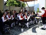 Die Musikanten des Musikvereins Göfis spielen zum letzten Dämmerschoppen in diesem Jahr auf.