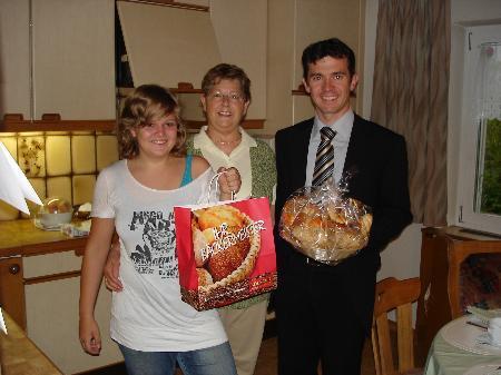 Frühstückskorbaktion mit Rankweils Bürgermeister Summer.
