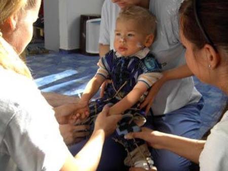 Linus während einer Therapie