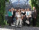 Photo 1: Vorarlberger und Liechtensteinische Erwachsenenbildner mit NR Anna Franz, NR Dir. Elmar Mayer und Vzbgm Dr. Erik Schmid