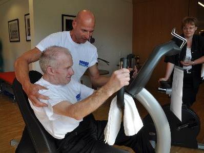 Trainer Rudi machte mit Werni gelcih die erste Trainingseinheit.