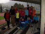 Die Nachwuchsrodler mit ihren Betreuern beim Starttraining im Stadion Unterstein.
