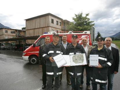 Die offizielle Übergabe des Brandschutzplanes der Vogewosi-Wohnanlage in Ludesch