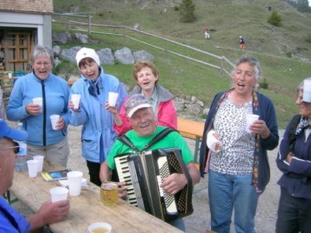 Ein Tolles Wanderprogramm bietet der Alpenverein Nenzing