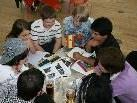Ein eigener Tisch nur für Jugendliche, an welchem auch gespielt wird, ist stets äusserst beliebt