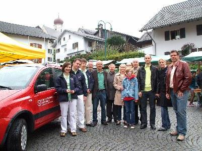 Fahrzeugübergabe der Sponsoren an den Sozialsprengel Blumenegg.
