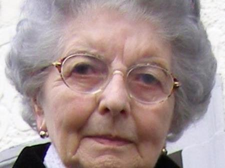 Frau Rosa Strauß