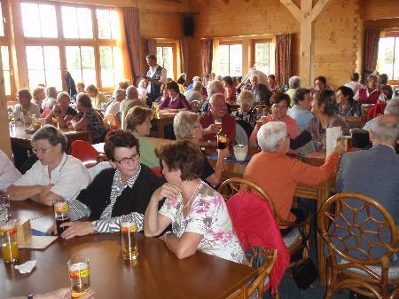 Gute Stimmung herrschte beim Senioren- Oktoberfest am Muttersberg