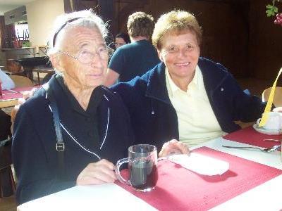 Ida Burtscher älteste Ludescherin ist eine treue Besucherin des Suppentages