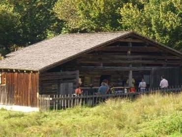 Im Natur-Erlebnis Holdamoos wird traditionelles Handwerk präsentiert.