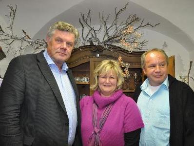 Inhaberin Imelda Neyer mit Gatten Wolfgang und Mandi Katzenmayer