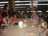 Kindergarten Raggal am Brotbacken bei Pauline