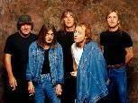 Riff Raff werden als eine der besten AC/DC-Coverbands gehandelt