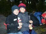 Sebastian und Laurin erlebten einen abenteuerlichen Schultag im Wald.