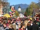 """Tausende Besucher strömen alljährlich zum """"Goßamart""""."""