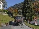 Von hier im Schrunser Ortszentrum aus führt die Straße zum Gamplaschgerweg, der momentan asphaltiert wird.