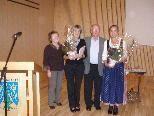 Annemarie Bär wurde für ihre langjährige Tätigkeit als Obfrau ausgezeichnet..