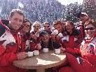Die Skilehrer der Skischule Damüls haben allen Grund zum Feiern