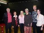 Elmar Gabriel, Gerda Bitschnau, Christine Nachbauer, Gerlinde File, Oliver Bischof, Nina Winkler als Moderatorin (v.l.).