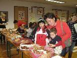 """Ende Oktober wurde in allen Kindergärten der Kummenbergregion ein gemeinsamer """"Brotmarkt"""" organisiert. Der Erlös kommt dem SOS Kinderdorf zugute"""