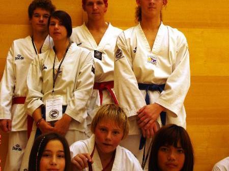 Erfolgreich in Telfs-Taekwondogruppe aus Nenzing