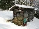 Im Winter muss das Heu mittels Heuschlitten ins Tal gebracht werden.