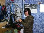Julian schnupperte als Fahrradmechaniker.