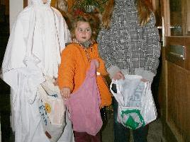 Kinder waren an Halloween unterwegs.