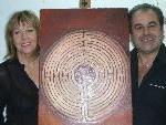 Lyrikerin Evelyn Brandt und Kunstmaler Walter Schnetzer sind am 18. November  in der Bibliothek in Lustenau.