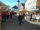 Markttreiben mitten in Sulzberg