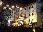 Rund 1800 Lampen lassen Ems in weihnachtlichem Licht erstrahlen.
