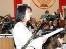 Christine Schneider unterstützte den Musikverein Braz beim Stück Celtic Child