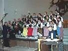 Mit besinnlichen Weisen und Texten zur Advent- und Weihnachtszeit stimmt die Trachtengruppe auf das hohe Fest ein.