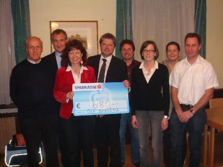 v. li n re: Albert Skala, Bürgermeister Markus Linhart, Elisabeth Metzler, Heinz Koller, Norbert Sieber, Veronika Marte, Birgit Renner, Peter Vögel
