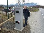 Bild: Ein Bundespolizist bei der Inbetriebnahme der neuen Radaranlage in Rankweil-Brederis.