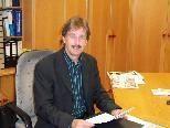 Bürgermeister Fritz Maierhofer machte die Gemeindemandatare mit den Änderungen des Pachtvertrages vertraut.