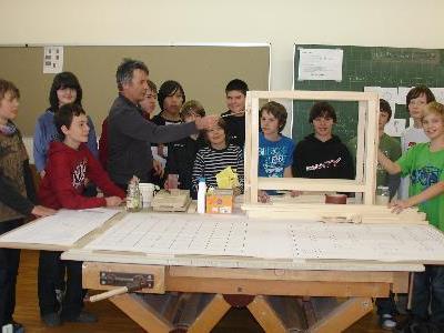 Ein Tisch-Unikat aus Schülerhand