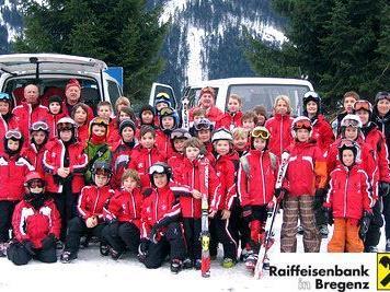 Neue Skianzüge für den Skiclub Bregenz