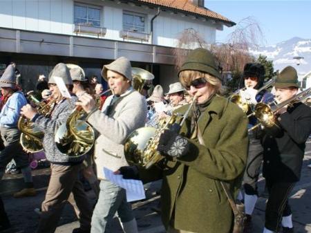 Die Harmoniemusik Nenzing im Fasching.