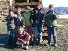 Stolz präsentierten diese Jungs ihren gebauten Kinderfunken.