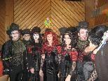 Viele verkleidete Gruppen bevölkerten den Gemeindesaal