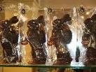 Alle Schokolade-Hasen werden in reiner Handarbeit erzeugt.