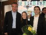 Auch Bürgermeister Markus Linhart gratulierte dem Architektenpaar zur erfolgreichen Geschäftseröffnung.