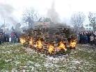 Diesmal verbrannte die Funkenhexe planmässig und vertrieb hoffentlich den Winter.